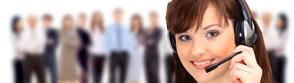 Smiling-Call-Center-lady-1701x483